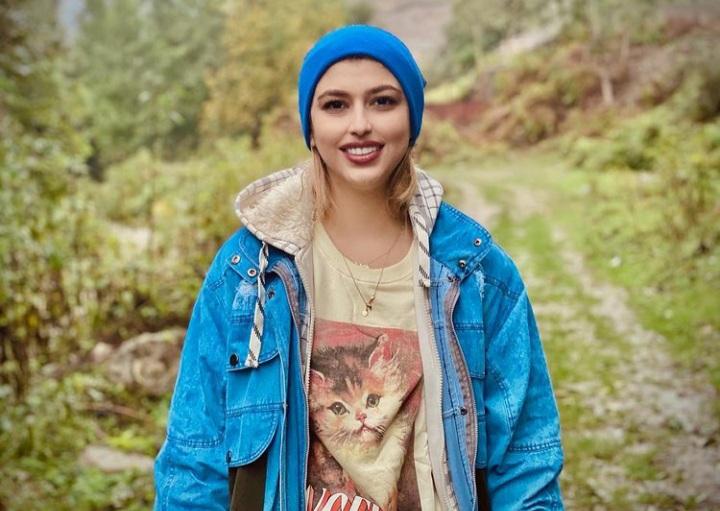 نسرینا رضایی، شاعر و نویسنده