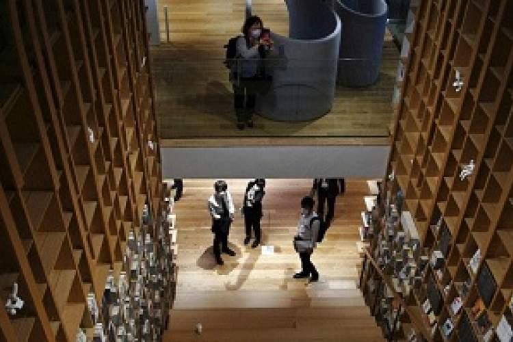 افتتاح کتابخانه هاروکی موراکامی در توکیو